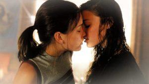 Любовь между девушкой и девушкой