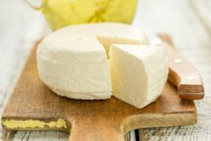 Как делать домашний сыр из молока