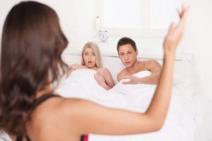 Как подтолкнуть жену к измене