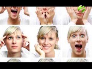 Невербальные жесты девушек