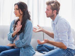 Если жена общается с другим мужчиной
