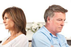 Как пережить измену и развод