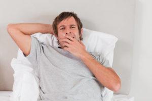 Если мужчина зевает в присутствии женщины