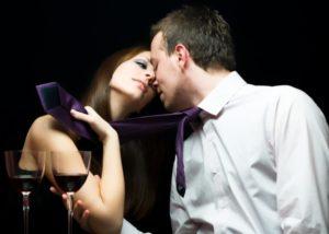 Как привязать к себе женатого мужчину