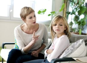 Как общаться с родителями манипуляторами