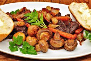Мясо с грибами