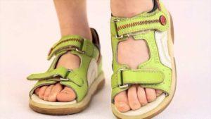 как выбрать сандали ребенку
